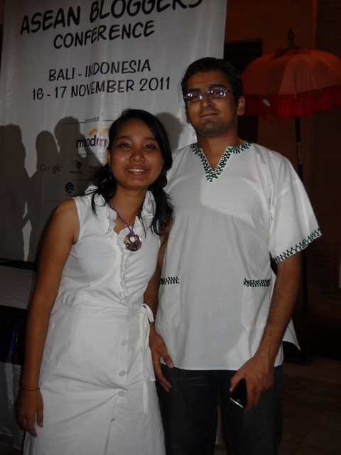 Aniruth Singh Bathy dan Kounila Keo