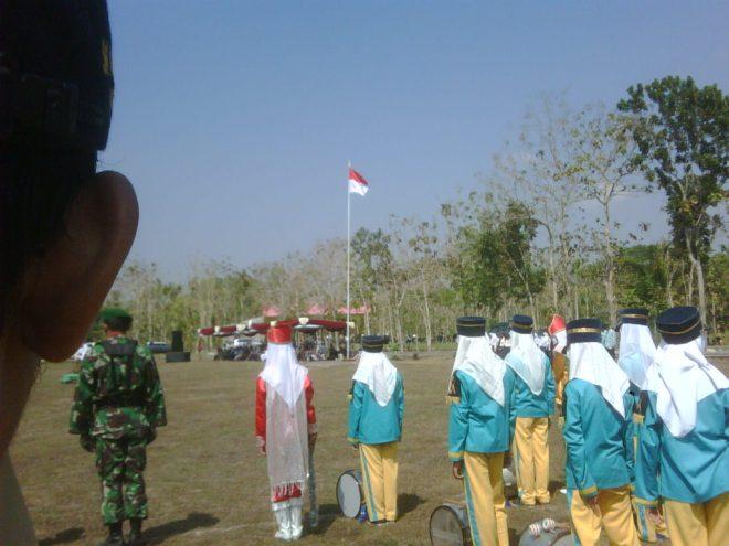 Upacara 17 Agustus 2012 di Kecamatan Playen
