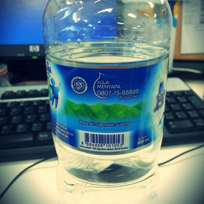 Aqua dari Mata Air Cipondok - Subang