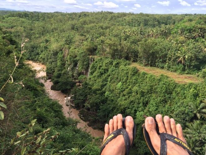 Air Terjun Sri Gethuk Dilihat dari Bukit Sri Panjung