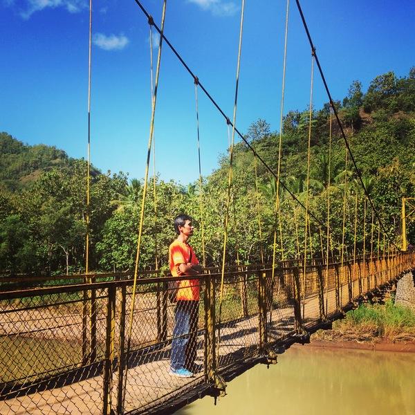 Narsisme di Jembatan Gantung Selo Pamioro Imogiri Bantul