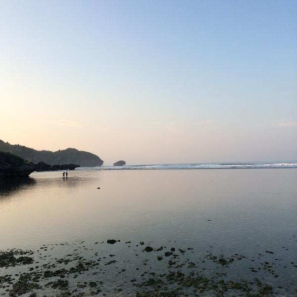 Selamat Pagi dari Pantai Drini - Gunungkidul