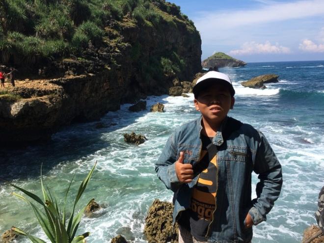 Kokoh di Pantai Jogan Purwodadi Tepus Gunungkidul Kokoh