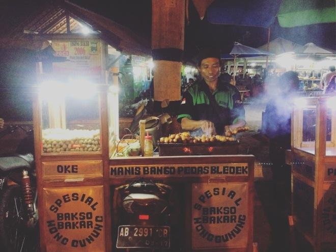 Taman Kuliner Wonosari Gunungkidul: Bakso Bakar Spesial Wong Gunung