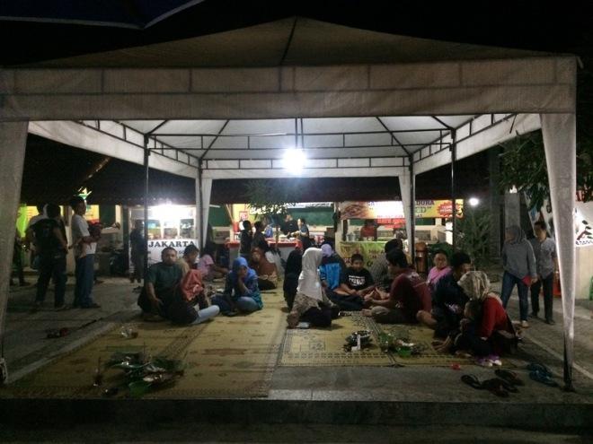 Taman Kuliner Wonosari Gunungkidul: Pengunjug Tamkul