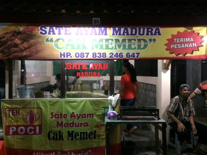 Taman Kuliner Wonosari Gunungkidul: Sate Ayam Madura Cak Memed