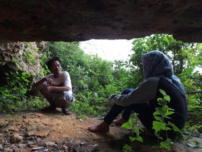 Gua Pertapan - Turunan Girisuko Panggang Gunungkidul Yogyakarta