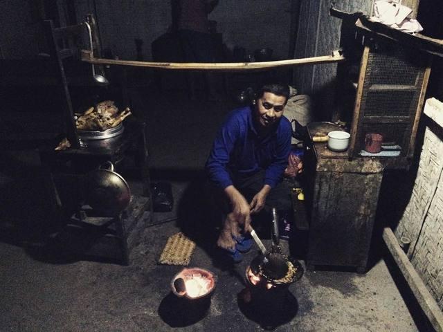 """Bakmi Jawa """"Pak Kamto"""" Depan Pasar Trowono Paliyan Gunungkidul Yogyakarta"""