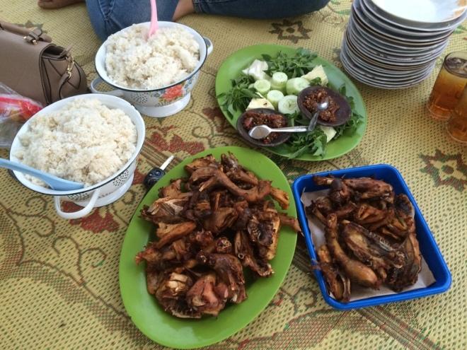 Taman Kuliner Wonosari Ayam Goreng P-3 Joyo