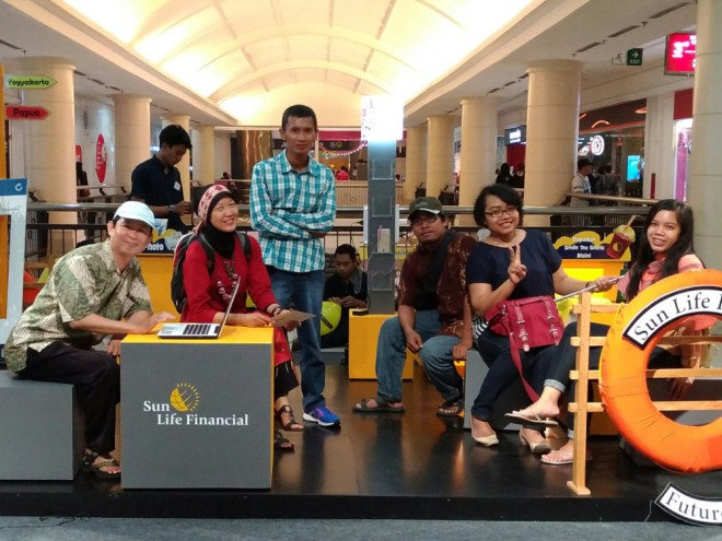 Sunlife Future Plan : Foto Bareng Blogger di Both Sunlife Bright Advisor di Lantai 3 Ambarukmo Plaza Yogyakarta
