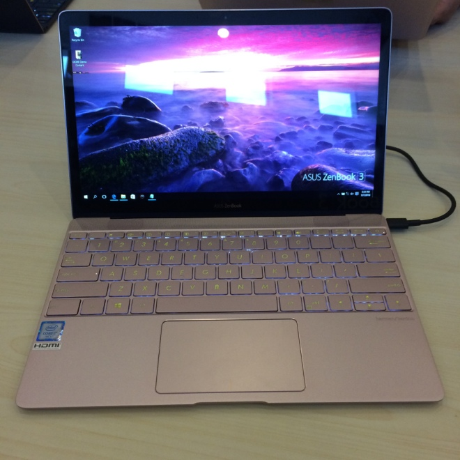 Zenbook 3 on Asus Zenvolution