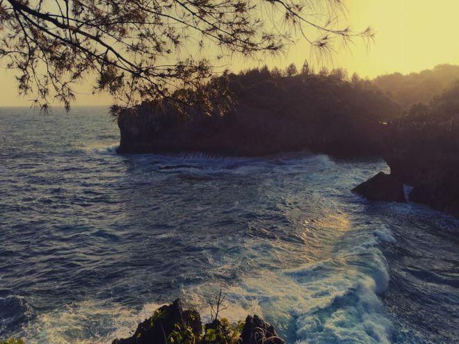 Pantai Buron Giri Karto Panggang Gunungkidul