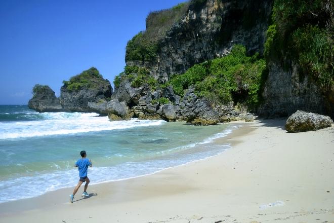 running beach blog