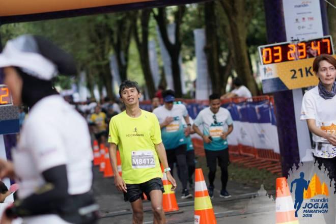 jarwadi finish jogja marathon fm